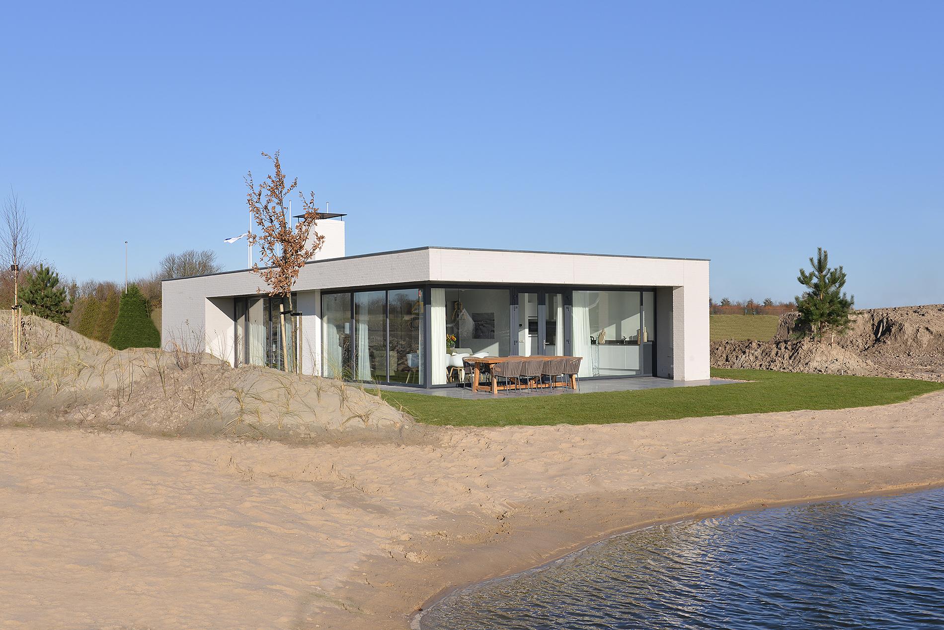De Mooiste Vakantiehuizen : Luxe vakantiehuizen zeeland l bij strand en veerse meer