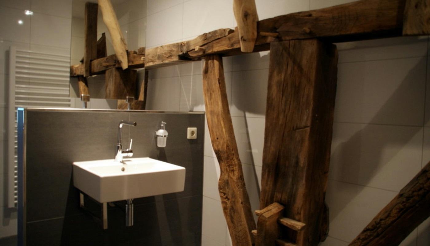 10 persoons luxe boerderij rijksmonument erve lieftink - Mode badkamer ...